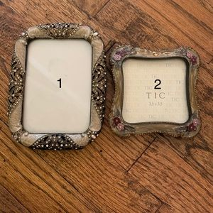 Picture frames by TIC (set of two)